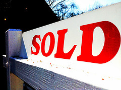 mortgage-pre-approval-sold-sign