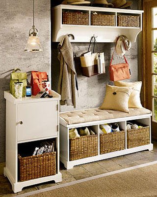 Organizing Your Entryway with a Cool Home Improvement Design