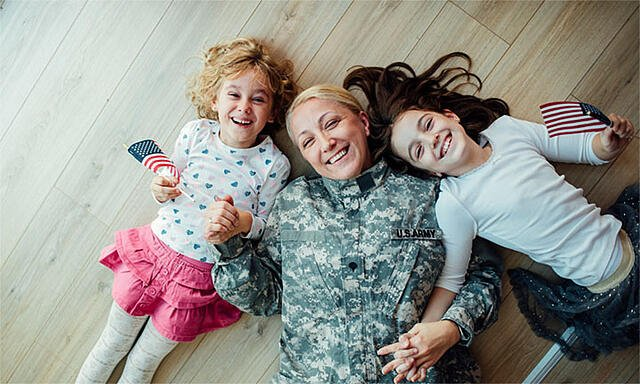 Veteran Mom with Young Girls_small